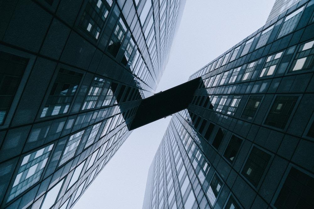 estrategias en el mundo inmobiliario srchttpsimageseusslimagesamazoncomimagesi21rrsaurkqlsl218pisitbstickerarrowdptopright1218sh30ou30acus218jpg